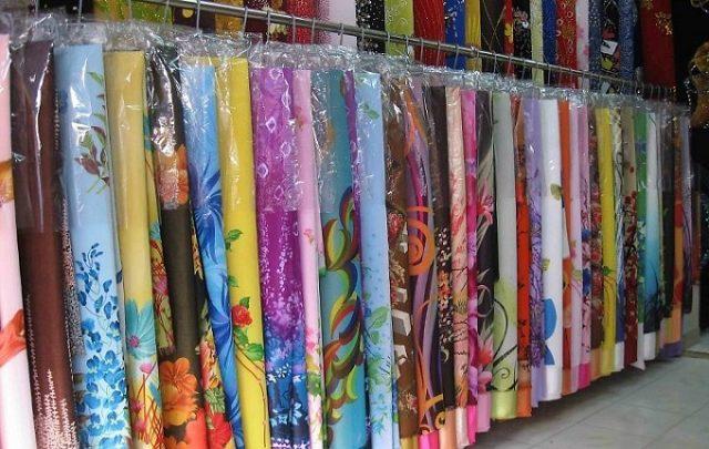 vải áo dài ngoài chợ