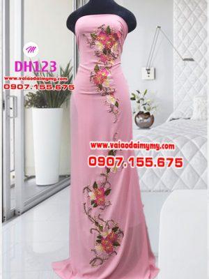 vải áo dài màu hồng đính hoa rất đẹp (1)