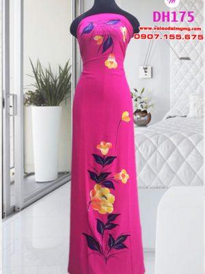 vải áo dài vẽ hình hoa ly đẹp