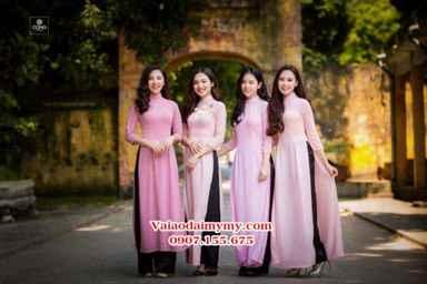 Vải áo dài màu hồng đồng phục