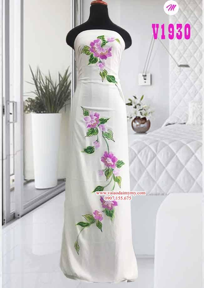 Vải áo dài trắng vẽ hoa tím AD V1930 1