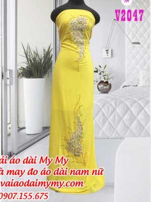 Vai Ao Dai Dinh Hinh Chum Nho Mau Vang