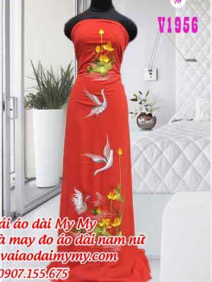Vai Ao Dai Theu Chim Hac Va Hoa Sen