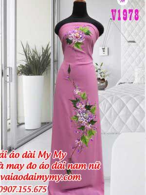 Vai Ao Dai Ve Hoa Cuc Dai Doa Mau Hong