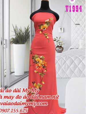 Vai Ao Dai Ve Hoa Doc Than Ao
