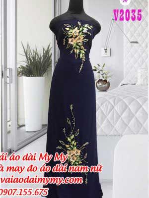 Vai Ao Dai Xanh Den Dinh Hoa Vang