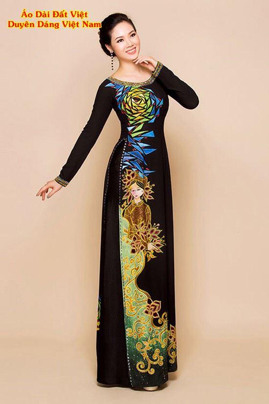 Áo Dài Trung Niên Vẽ Hoa Hồng Và Cô Gái AD VE190503 2